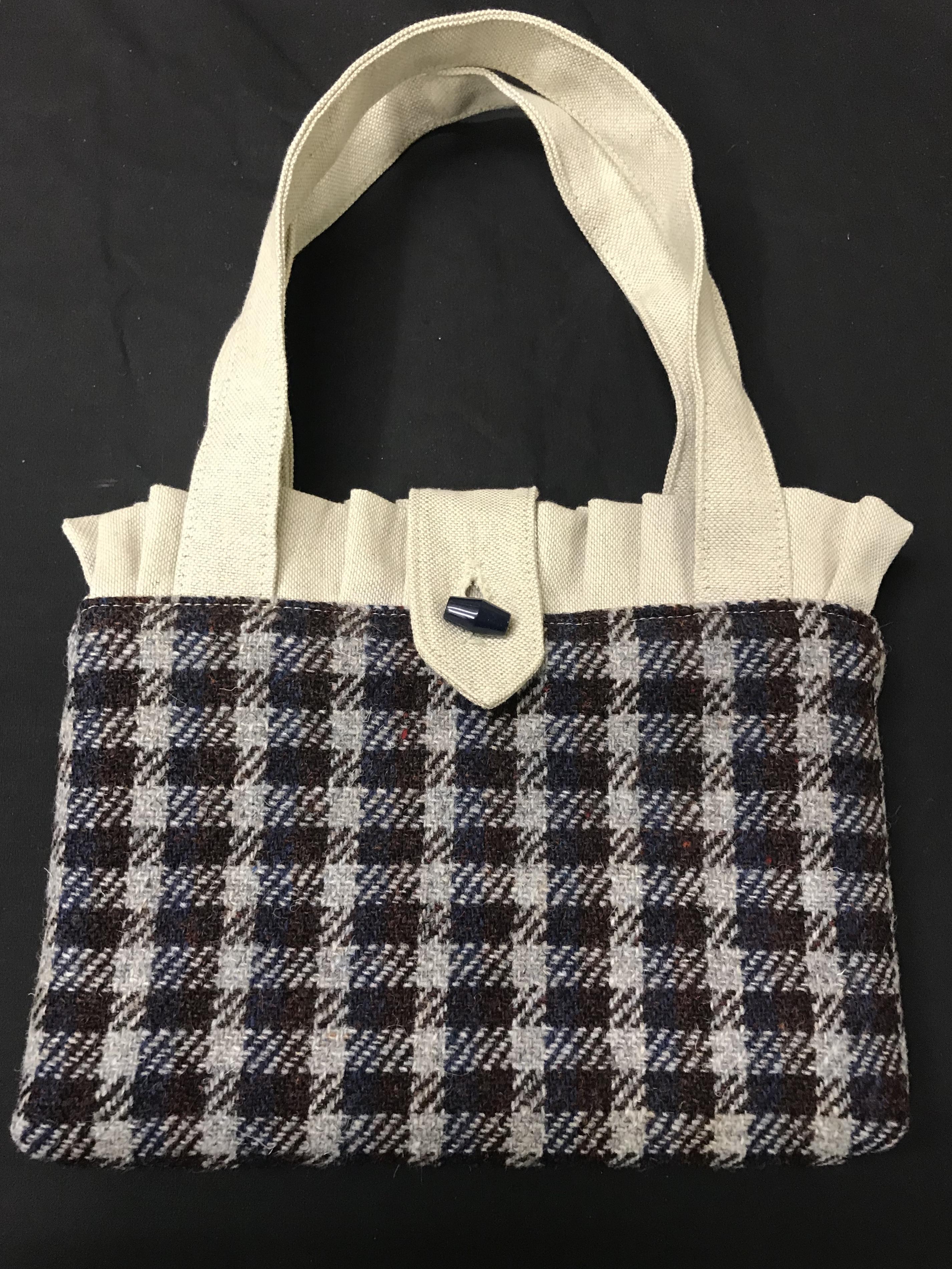 Frilled Check Bag